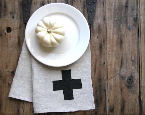 restaurantware lunch plates - modern minimal farmhouse table settings