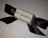 Computer Chic: Hairbow (Backspace)