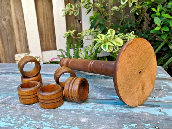 Vintage Wood Napkin Rings, Wood Napkin Rings, Set of Six, Holiday Tableware, Rustic, Country Kitchen, Epsteam