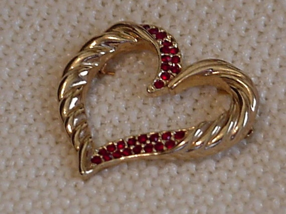 Vintage Heart Brooch Gold Tone Heart Lapel Pin with Red Rhinestones Costume Jewelry itsyourcountryspirit