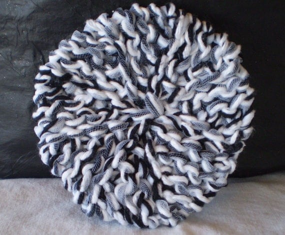 Knitted Dish Cloth Scrubbie LOOM KNITTING - Hand Made, Cotton Yarn, Tulle - Black and White
