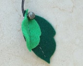 Felt Leaf Cat Toy with Bell (Free Shipping)