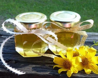 Raw Honey Wedding Favors 2oz Jars of Honey Party Favors 48 Honey Jar Favors Golden Anniversary Favors Baby Shower Favors Reception Favours
