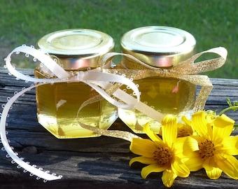 Raw Wedding Favors 100 Pure Honey Wedding Favors 2oz Jars of Honey Golden Anniversary Honey Jars Wedding Reception Party Favours Wildflower