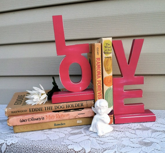 """Bold Pink Bookends - spells 'LOVE"""" / Girls Room / Shabby Chic"""