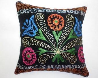 Buglem /  Embroidered blue tulip Suzani Velvet Pillow Cover - 14,60x14,60 inch