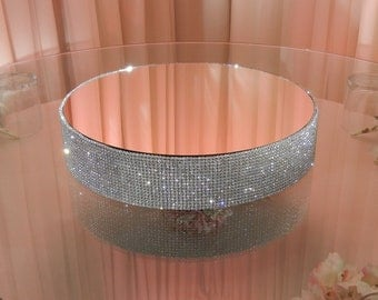 """16"""" round, 3"""" tall crystal cake stand"""