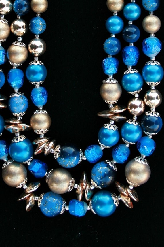 Vintage 3-Strand Blue Necklace with Foiled Art Glass