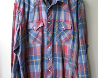 Men's Wrangler Plaid Button Up