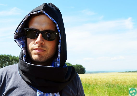 Hoodscarf. For men. Unisex. Black. Blue. White. Grey. Checkered. Scoodie. Male accessories. Sporty.