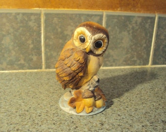 Sweet owl figurine