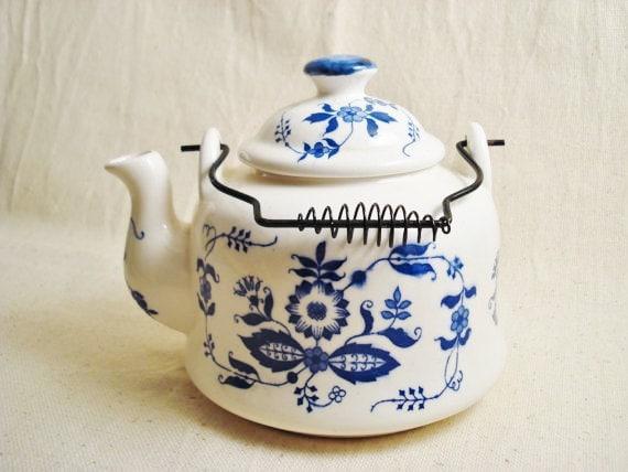 Vintage Blue and White Teapot, Ceramic Teapot, Delft Style Teapot, Onion Pattern Teapot, Wire Handle Teapot