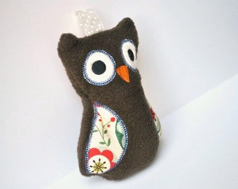 Owl Rattle - Cute Owl - Soft Baby Rattle - Brown Owl