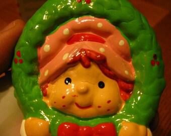 Vintage Strawberry Shortcake Wreath Christmas Ornament MINT IOB