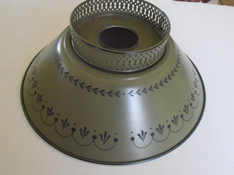 Antique Federal Tole Lamp Shade Metal Tin Green Black Wreath