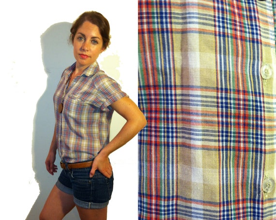 Tan Blue Green and Red Short Sleeve Plaid Button Up Shirt Size XS/S