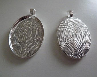10 x  Oval silver plated pendant trays- blank bezel cabochon setting
