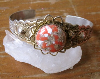 Vintage 1950's Engraved Gold Adjustable Cuff with Lucite Confetti Stone