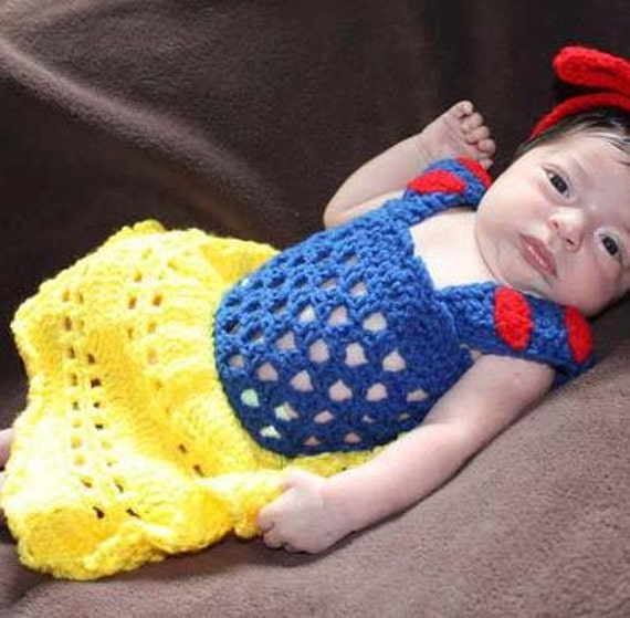 Free Crochet Pattern For Snow White Dress : crochet photo prop Disneys Snow White by momscrochetcorner