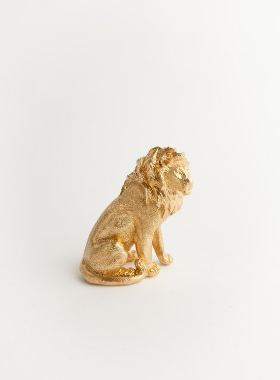 The Midas - Opulent Gold Table Top Lion Decoration - Animal Statue - Faux Taxidermy