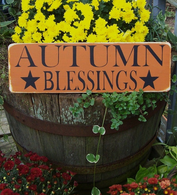 Primitive AuTuMn BleSsiNgS sign, fall decor, fall sign