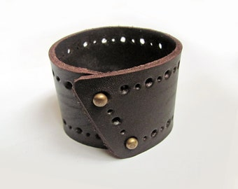 Leather bracelet, dark brown color, leather cuff for men and women