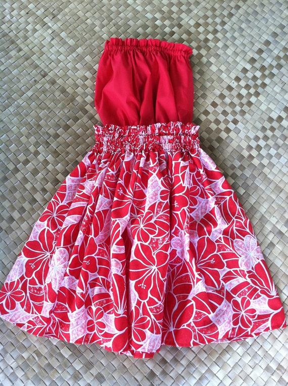 Hula skirt (pa'u) and traditional top