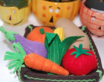 Games to play for kids vegetables play foods, felt food play, vegetables list, eggplant, corn, organic tomato, potato, carrot, pumpkin