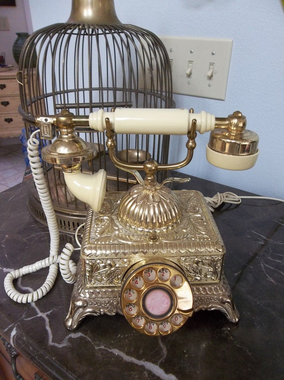Vintage french style bakelite working vintage phone rotary style Art Noveau Gold Cream