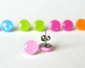 Stud earrings round 10mm ear posts / Choose your color: blue, green, fucsia, orange or pink