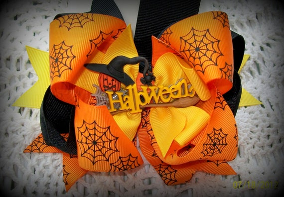 Halloween Hair Bow...Girls Hair Bow....Orange Black and Yellow Boutique Halloween Bow