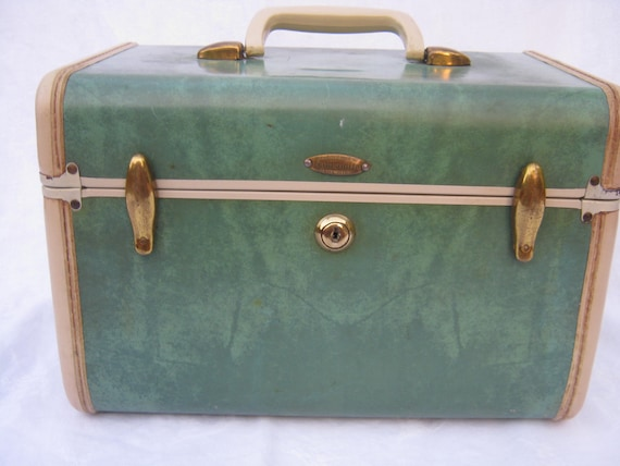 Samsonite green traincase