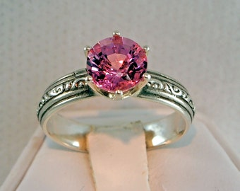 Spinel Vintage Ring, 1.78 Carat , Round Cut,  Sterling Silver Ring, Size 7 3/4