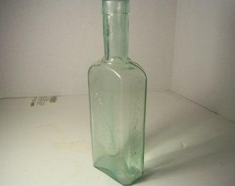 1890's Elixir Alimente Ducro Paris 8 3/4  inch aqua medicine bottle