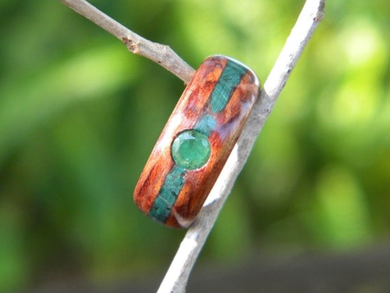 Waterfall Bubinga bentwood ring with birch liner, inlayed with malachite, inset with genuine faceted Emerald, size 7