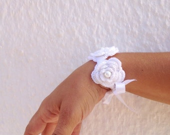Wedding white crochet flowered Bracelet with satin ribbon and bead ,wriststrap,headband,collar