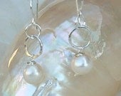 Fine Silver Earrings with White Round Freshwater Pearl