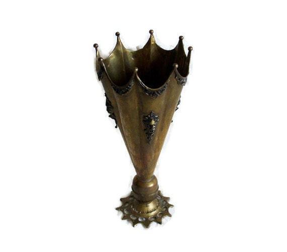 Majestic antique UMBRELLA & walking cane stick stand 3d LION HEAD ornaments - Rustic brass copper pot - Country home decor metal log bucket