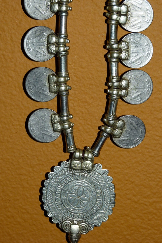 Vtg India Rajasthani Banjara Ethnic Gypsy Tibal Coin Dangle silver tone Neclace