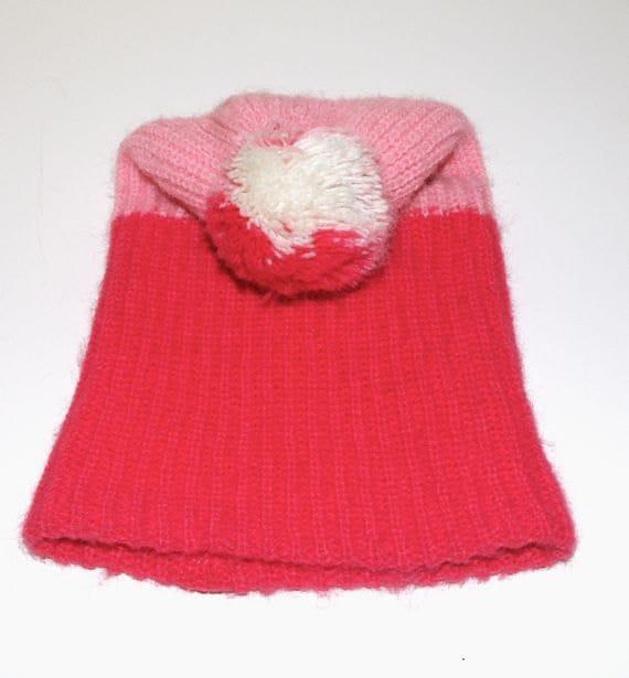 70's Pink/Bubblegum Pom pom Beanie