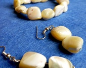mother of pearl earring and braclet set