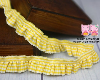 B-055  / 1 yard of  elastic Lace / Color :Yellow
