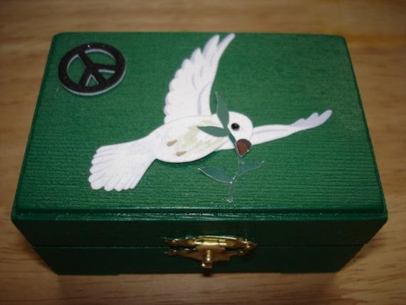 Dark Green Wooden Peace Sign/Dove Trinket/Jewelry Box