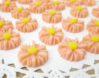 Shop Closing Sale! 6 pcs. 14mm  Daisy  Cabochon Peachy Pink FL005-PCPK