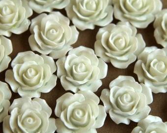 20 pc. White Crisp Petal Rose Cabochons 18mm | RES-001