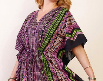 HIEROGLIFICS Cotton kaftan dress in a tiny mod geometric black print. Lounge wear, beach cover up or Maternity kaftan.
