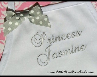 Personalized Girls Apron with Name - Personalized Childs Aprons, Personalized Childrens Apron, Personalized Kids Name Aprons, Flower Girls