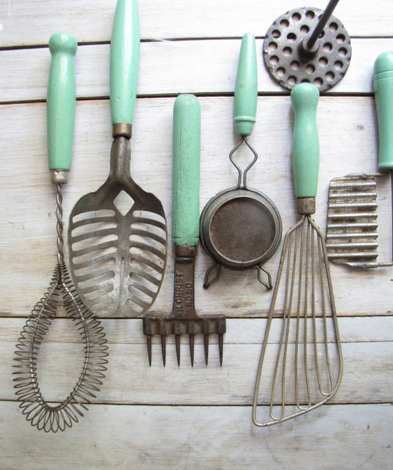 Collection Of 14 Assorted Green Kitchen Utensils