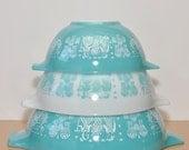 Vintage Butter Print Pyrex Cinderella Bowl Set of 3