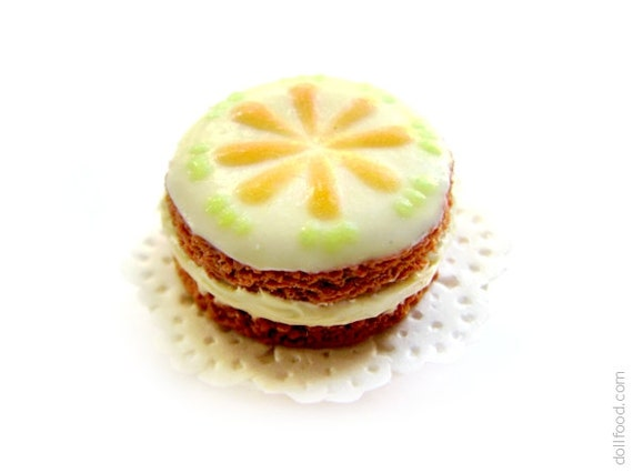Carrot cake with milk cream - Dollhouse Miniature Food